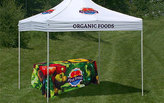 Dye sublimated table covers reproduce bright and vibrant colors