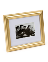 "Gold Color Picture Frame for 4"" x 6"" Prints"