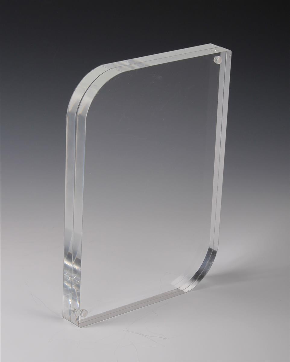 This magnetic block frame has a modern design additional for Acrylic glass block